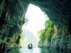 cave in Trang An (Ninh Binh)