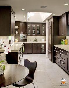 grey countertops with dark brown cabinets and grey flooring Rustic Backsplash, Backsplash Cheap, Cheap Countertops, Grey Backsplash, Grey Countertops, Kitchen Backsplash, Kitchen Countertops, Quartz Backsplash, Hexagon Backsplash