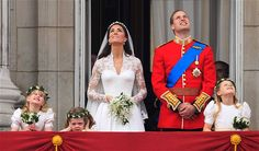 Prince William and Kate royal wedding on the balcony | Royal wedding balcony kiss: William and Kate at Buckingham Palace ...