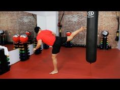 How to Do a Back Kick | Kickboxing Lessons - YouTube