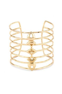 Keep it trendy with cuffs like the Becker Cuff Bracelet from Stella & Dot. The contemporary style makes this the perfect addition to your wardrobe.