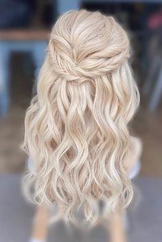 boho bridal hair   GALLERY Natural Bridal Hair, Boho Bridal Hair, Wedding Hair And Makeup, Bride Hairstyles With Veil, Messy Hairstyles, Wedding Hairstyles, Hair And Makeup Artist, Hair Makeup, Messy Hair Look
