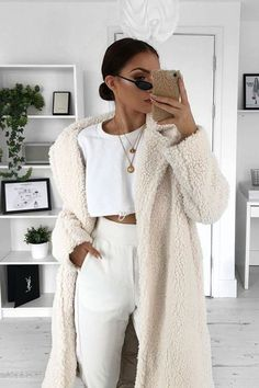 Dress White Outfit Casual Chic 38 Ideas For 2019 Winter Fashion Outfits, Modest Fashion, Look Fashion, Fall Outfits, Autumn Fashion, Womens Fashion, Fashion Pics, Cheap Fashion, Fashion Clothes