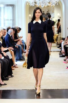Love the execution of this white collar - navy dress. Accent of gold purse is key too! Ralph Lauren Resort 2015