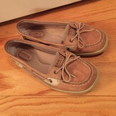 Sperry Top Sider Shoes Gently used, good condition! Sperry Top-Sider Shoes Flats & Loafers