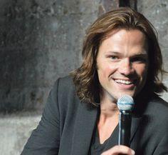 Perfect, or what? Jensen And Misha, Supernatural Sam, Sam And Dean Winchester, How I Met Your Mother, Just Jared, Jared Padalecki, Fangirl, Squirrel, Moose