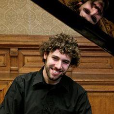 Pedro Costa, piano