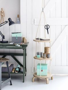 Our favorite IKEA hacks of all time. Everything from IKEA beds, to standing desks to dining tables. DIY furniture projects for every room. Cama Ikea, Banco Ikea, Diy Furniture Projects, Ikea Furniture, Diy Projects, Furniture Online, Hanging Cabinet, Hanging Shelves, Diy Hanging