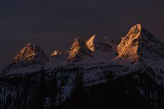 Epic mornings at work. Mornings, Mount Everest, Mountains, Instagram Posts, Nature, Travel, Life, Naturaleza, Viajes