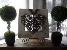 Home Frosting: Twig Heart