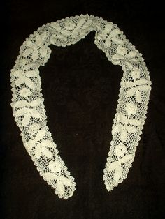 Long Narrow Edwardian Irish Crochet Collar Vintage Hand Made Lace With Rose Motif $38.50 by TheGatheringVintage on Etsy