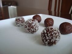 3 ingredients... easy energy balls!  10 dates, 1C raw pecans, heaped tsp of cocoa powder. Soak dates in hot water. Blend pecans until grounded, add cocoa powder. Blend and pulse. Add 6 dates and pulse, then add more dates until the right consistency is reached. Roll into balls and cover in dessicated coconut or cocoa powder.