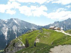 Reisen In Europa, Innsbruck, Mount Rainier, Places To Visit, Africa, Wanderlust, Camping, Roadtrip, Mountains