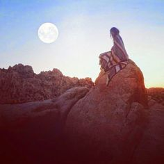love this!! big moon and a mexican blanket in the beautiful desert!