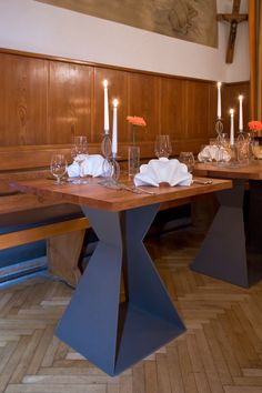 Firma Robert Dauwalter, Immenstaad   Tisch Für Den Innenbereich,  Tischgestell Stahl Pulverbeschichtet, Holzplatte