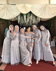 "InspirasiOOTD on Instagram: ""Follow @inspirasiootdid untuk selalu mendapatkan #inspirasiOOTD setiap hari.  Follow @miaiqlima x @mia.iqlima banyak gamis pesta premium,…"" Hijab Prom Dress, Dress Brukat, Muslimah Wedding Dress, Hijab Evening Dress, Hijab Wedding Dresses, Party Dresses, Bridal Hijab, Dress Muslim Modern, Kebaya Modern Dress"