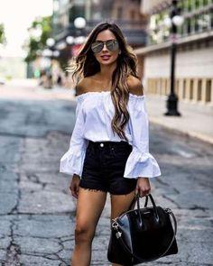 22 Ideas summer brunch outfit casual street styles for 2019 Short Outfits, Spring Outfits, Casual Outfits, Fashion Outfits, Womens Fashion, Fashion Tips, Fashion Design, Ladies Fashion, Fashion Clothes