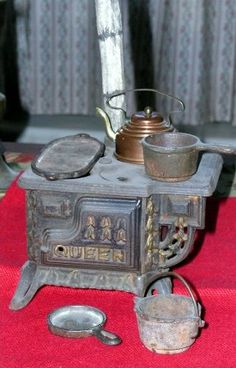 Miniature Antique Stove                                                                                                                                                                                 More