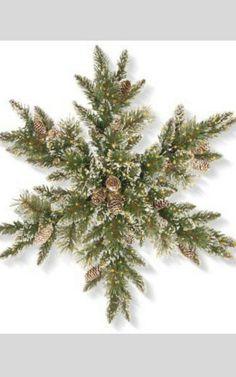 Simple yet stunning wreath Noel Christmas, Outdoor Christmas, Country Christmas, Christmas Projects, Winter Christmas, Christmas Ornaments, Christmas Movies, Christmas Ideas, Deco Nature
