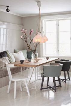 http://www.homedesignlove.com/2014/09/some-neutral-shades-home-decor-for-your.html