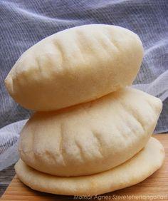 Pita és falafel, azaz csicseriborsó fasírt kenyérlepénnyel   Életszépítők