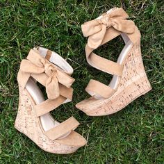 Bow Down Platform Wedges