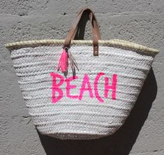 L'atelier Des Petites Bauloises: Paniers de plage  Beach, Happy, Thank you