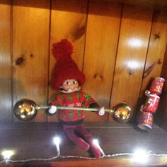 Elf on the shelf- weight lifting