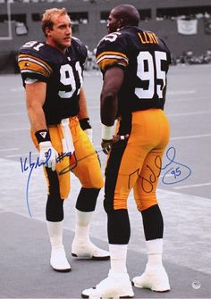 Kevin Greene and Greg Lloyd, these guys were beasts, so fun to watch. Pittsburgh Steelers Wallpaper, Pittsburgh Steelers Football, Pittsburgh Sports, Best Football Team, Football Players, Football Memes, Pitsburgh Steelers, Steelers Stuff, Steelers Helmet