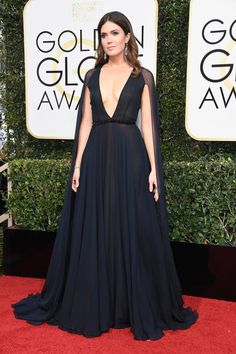 Mandy Moore in Naeem Khan - Every Best Dressed Look from the 2017 Golden Globes - Photos