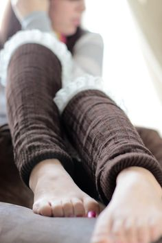 Leg warmers are making it's way back from the 80's ! You can look stylish and be warm at the same time !