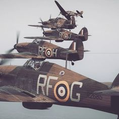 Best squad ever 😏👌🏻 ? ——————————————— - ✈️ Hawker Hurricane - 🌎 Unknown - 📸 Unknown - 👨🏻✈️ Polish Airforce ——————————————— ⚡️ ᴀɴᴅ ᴅᴏɴ'ᴛ… Ww2 Aircraft, Fighter Aircraft, Military Aircraft, Fighter Jets, Hawker Hurricane, Old Planes, Airplane Fighter, Supermarine Spitfire, Battle Of Britain