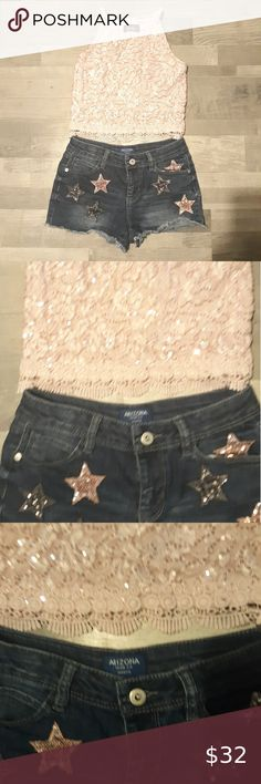 Arizona Jean Company Stars Jean Shorts And Halter GIRL'S OUTFIT! Arizona Jean Company Sequin Star Jean Shorts With A Pink Seqin Halter Tank Top Size 12 For All Arizona Jean Company Bottoms Upside Down Braid, Plus Fashion, Fashion Tips, Fashion Design, Fashion Trends, Size 12 Girls, Jean Shorts, Arizona, Girl Outfits