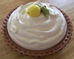 Vintage Ceramic Lemon Meringue Pie Plate with Cover & Festive | Pie plates | Pinterest