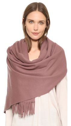 acne-studios-marron-red-canada-scarf-light-beige-brown-product-0-482467047-normal.jpeg (1128×2000)