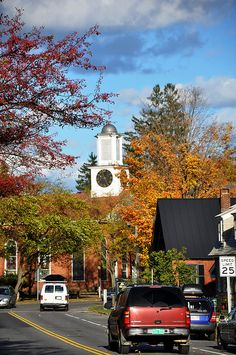 Woodstock, Vermont - no more beautiful autumn ANYWHERE on earth!  Pictures absolutely can't do it justice.