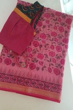 Pink maheshwari saree - Pink block printed handloom maheshwari saree with a plain running blouse piece Silk Saree Kanchipuram, Silk Dupatta, Chiffon Saree, Cotton Saree Designs, Blouse Designs, Plain Saree With Heavy Blouse, Vintage Flower Girls, Fashion Displays, Ethnic Fashion