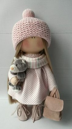 If you love collecting baby dolls, you've come to the right place! In this post, we're revealing the best dolls that you can add to your collection today. Sock Dolls, Felt Dolls, Crochet Dolls, Doll Toys, Baby Dolls, Crochet Hats, Pretty Dolls, Cute Dolls, Beautiful Dolls