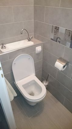 Manhattan Gloss White Space Saving Toilet With Sink On Top