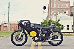 "Wooow! Beautiful girl & Yamaha TX650 Cafe Racer ""Yamaha Whisperer"" by Greg Hageman - Photo by Erick Runyon 