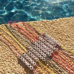 Alphabet Cord Bracelet : Got something to say? Get yr message across with our new alphabet cord bracelets - spell a word of yr choice on a bracelet cord available in a variety of colours. Pony Bead Bracelets, Cute Friendship Bracelets, Kandi Bracelets, Summer Bracelets, Bracelet Crafts, Cute Bracelets, Pony Beads, Gold Bracelets, Colorful Bracelets