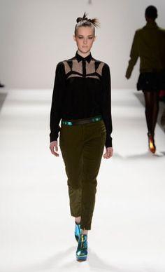 Mercedes-Benz Fashion Week : NANETTE LEPORE