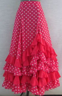 Dance Outfits, Dance Dresses, Skirt Outfits, Dress Skirt, Clothing Patterns, Dress Patterns, Flamenco Costume, Boho Fashion, Fashion Dresses