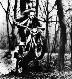 That's not me, it's Ian Anderson, the lead singer and flute player from Jethro Tull. He was a fan of off-road racing and an experienced rider himself. The photo was taken from an interview in DirtBike magazine in the He still rides off-road bikes. Biker, Jethro Tull, Progressive Rock, My Muse, Film Music Books, Playing Guitar, Classic Rock, Rock Music, Rock N Roll
