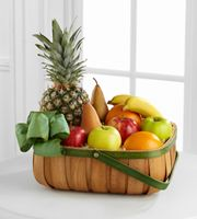 This fruit basket would be such a cut gift. Just imagine getting this from someone as a 'thank you'. It's so cute and thoughtful, and who wouldn't want a basket of fresh fruit?