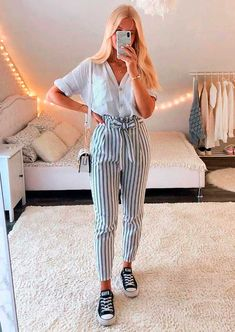 Trendy Fall Outfits, Girl Outfits, Fashion Outfits, Types Of Girls, Moda Plus Size, Moda Fitness, Moda Fashion, Moda Online, Long Pants