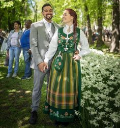 norway traditional wedding outfits from around the world wedding dress bride groom