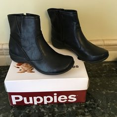 NWT Hush Puppies Fiona Black Zip Ankle Booties PU Leather. Size 8.5 M Hush Puppies Shoes Ankle Boots & Booties