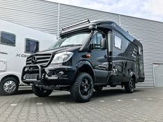 21 Models of Offroad Vans for Camping in The Interior Where The Road is Difficult to Get Through - Camper Life Mercedes Sprinter Camper, Sprinter Van, Mercedes Camper, Mercedes Benz, Sprinter Conversion, Camper Conversion, Camper Life, Camper Van, 4x4 Van