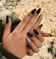 80 Ideas for the Best Halloween Nail Decoration Hairstyles . 80 Ideas for the Best Halloween Nail Decoration Hairstyles halloween nails Summer Acrylic Nails, Best Acrylic Nails, Acrylic Nail Designs, Summer Nails, Black Nail Designs, Black Acrylic Nails, Elegant Nail Designs, Glitter Nail Polish, Nail Nail